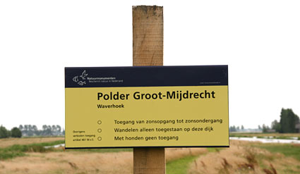 Natuurmonumenten sign at Waverhoek